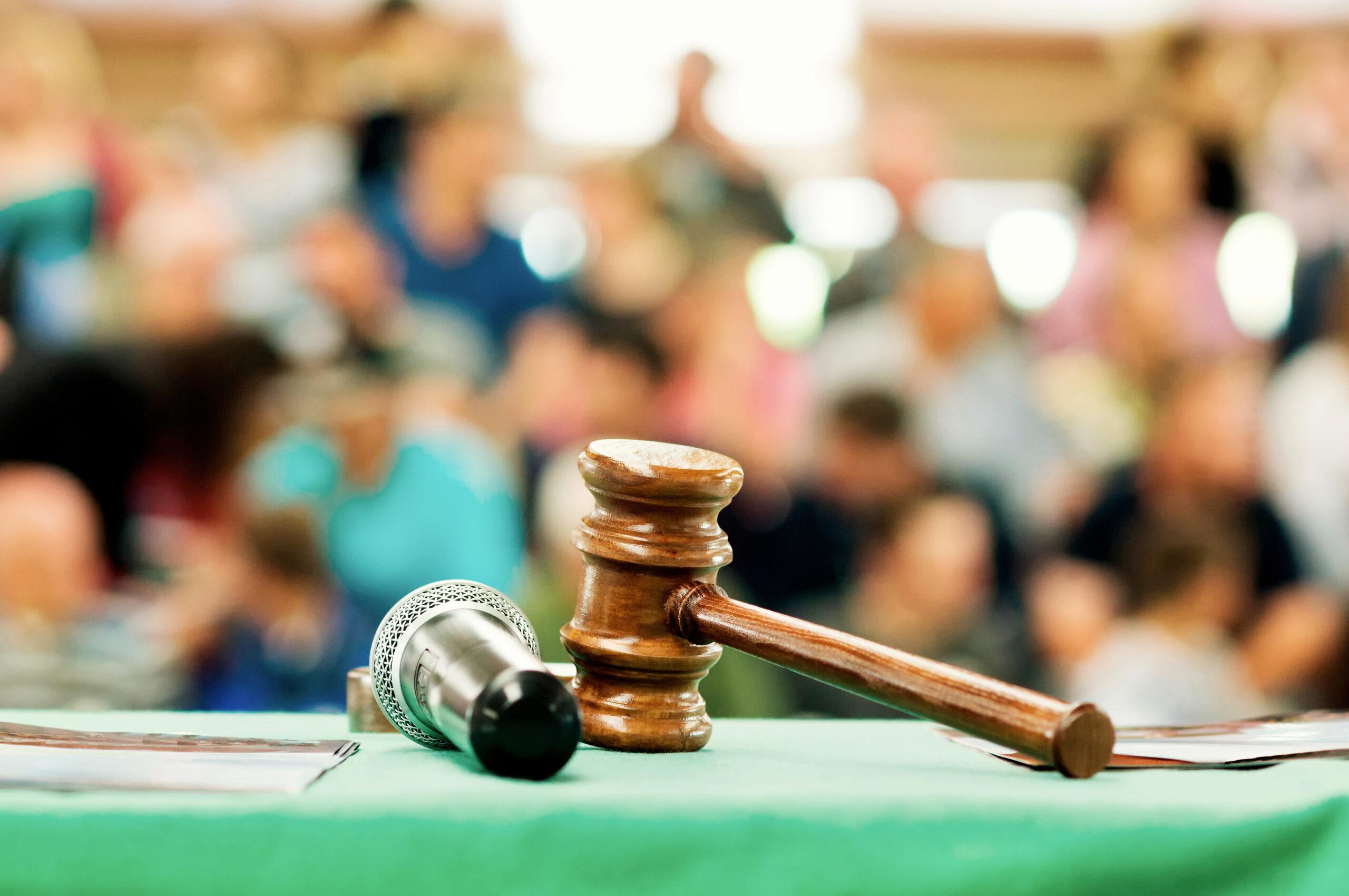 Auction,Bid,Sale,Judgment,Mallet,With,Public